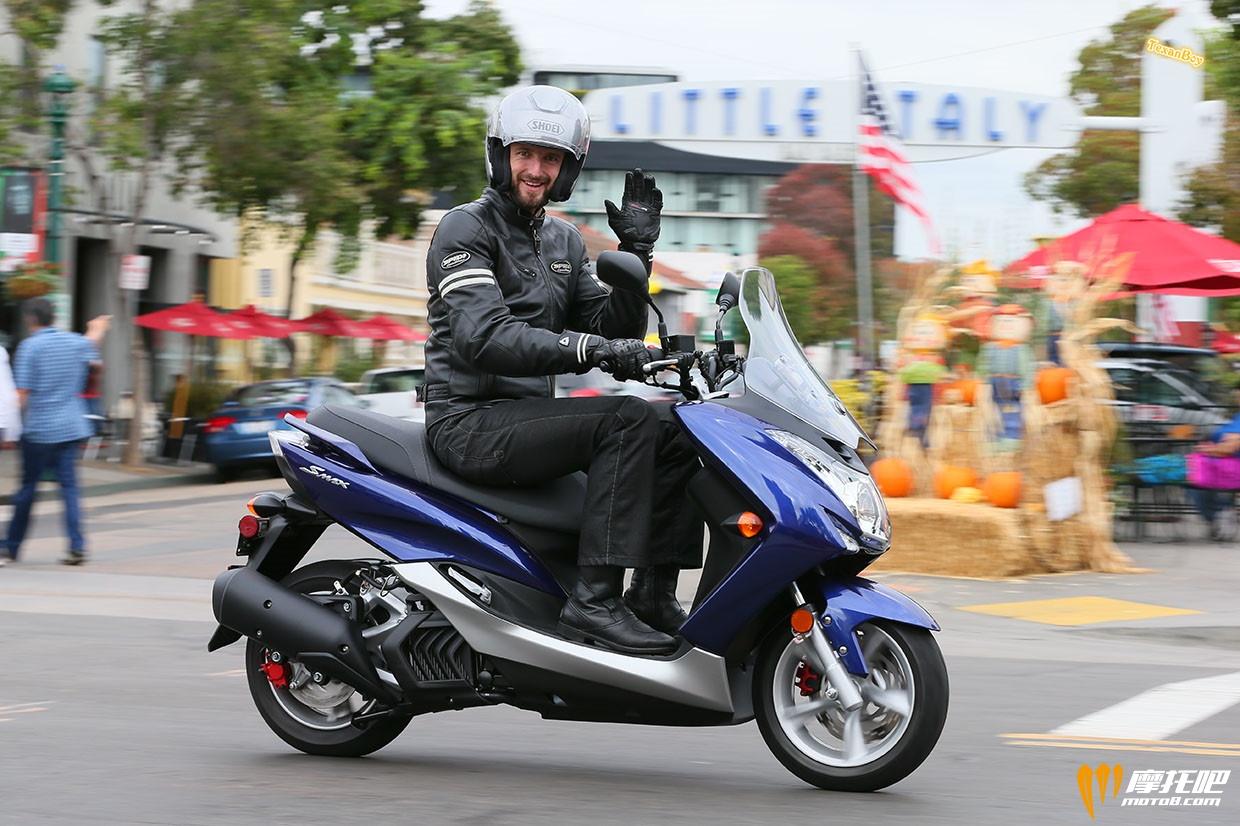 雅马哈2015新款踏板