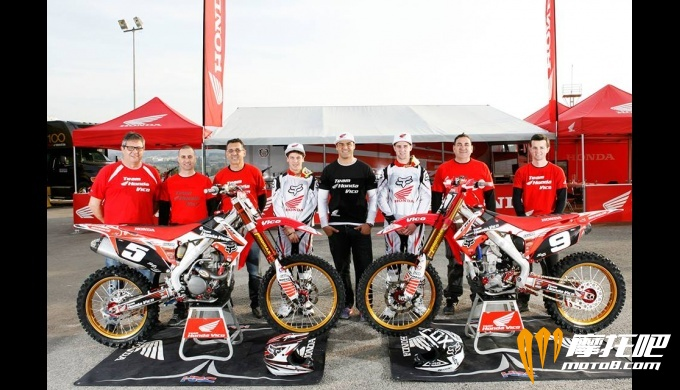 stories.patrocinios.galeria.Patrocinio_Team_Honda_Vico_ngk-is-102.jpg