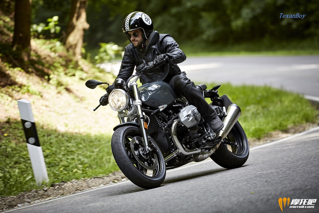 BMW-R-nineT-Racer-and-R-nineT-Pure-3.jpg