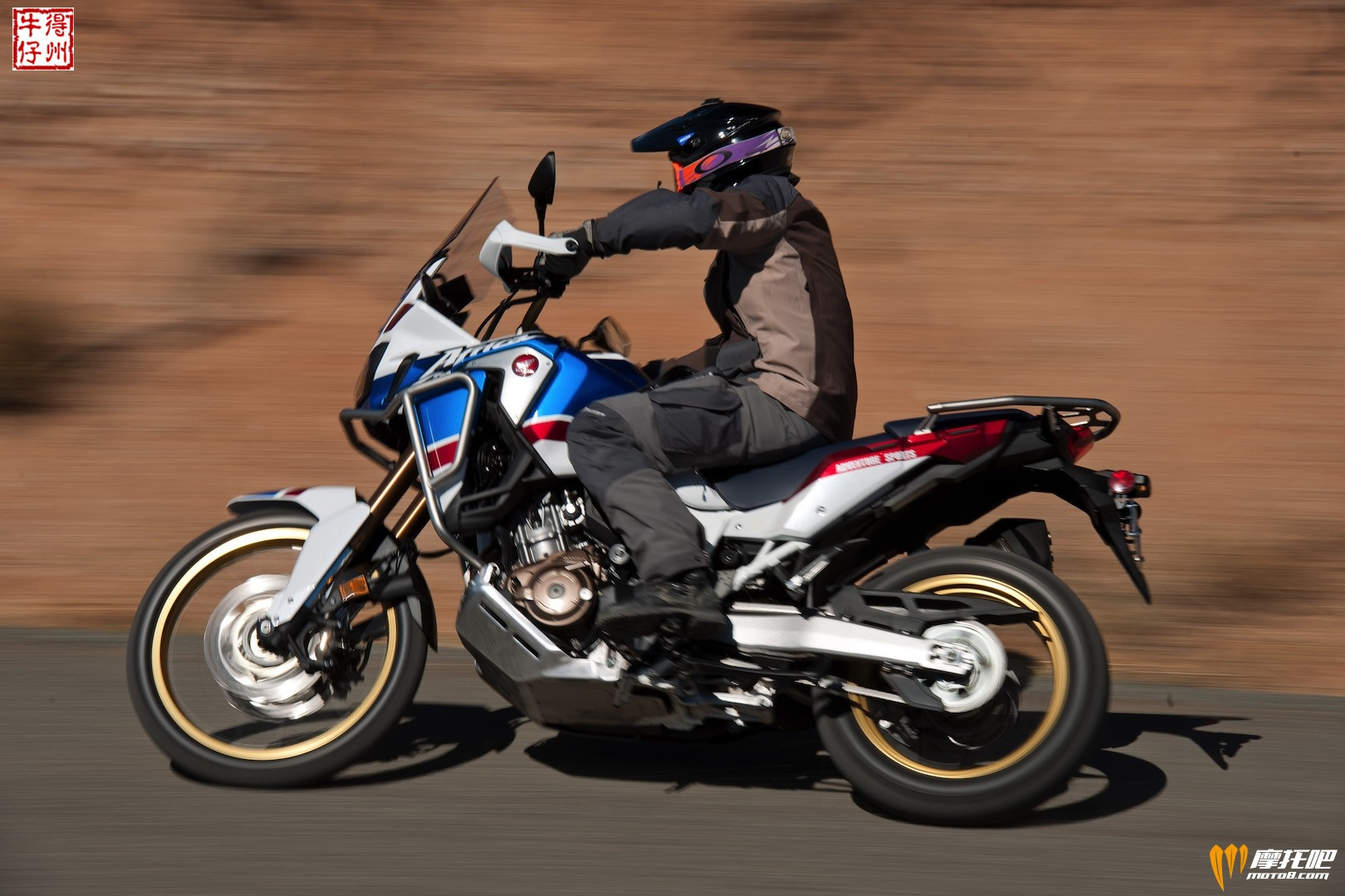 2018-Honda-CRF1000L2-Africa-Twin-Adventure-Sports-Review-ADV-Motorcycle-4.jpg